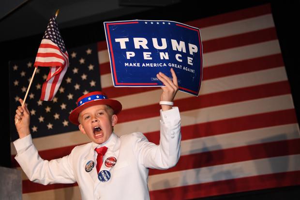 Waarom staat in Amerika op elke straathoek een vlag en bij ons (nog) niet? (3)